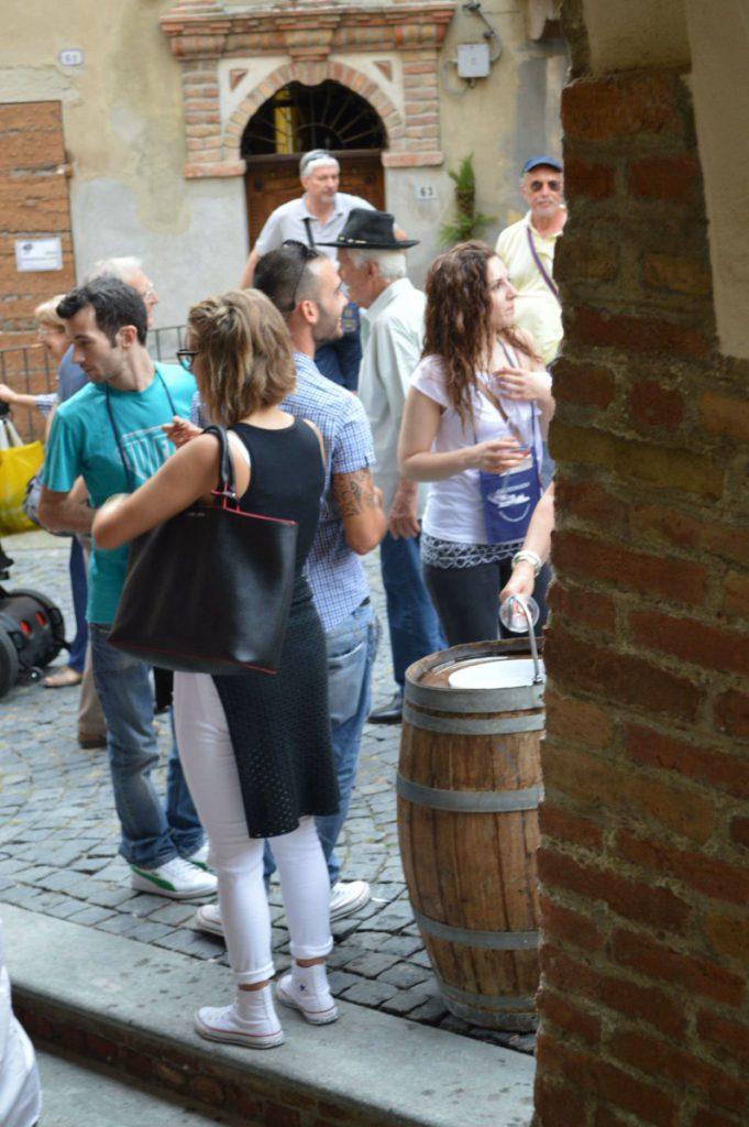 Fass Cocconato Cocco Wine Weinfest Piemont