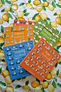 Kaleidoskop Bücher Sizilien-Kochbuch Rom-Kochbuch Venedig-Kochbuch Piemont-Kochbuch Toskana-Kochbuch auf Zitronen Tischdecke