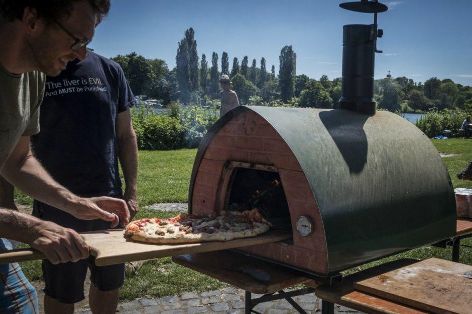 Pizzaofen Unterwegs: Die Transportable Pizzeria Zu Gast Auf Der